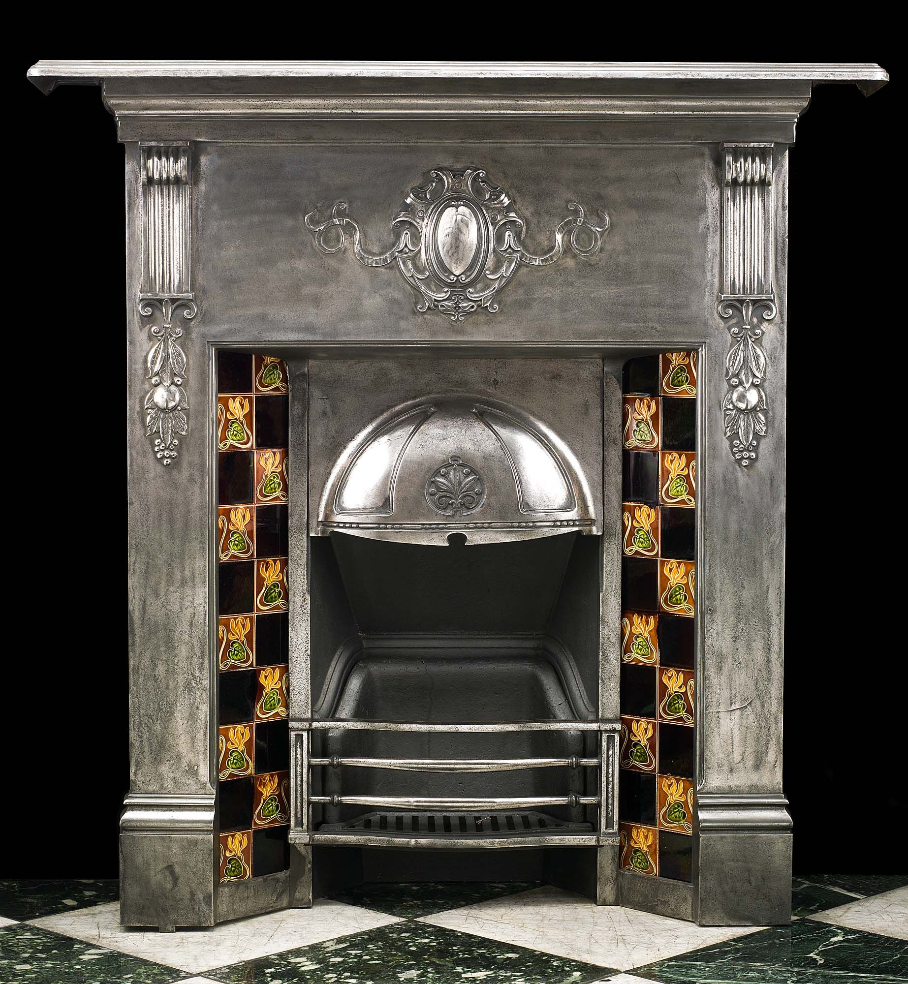 Small Fireplace Mantel Surrounds: Antique Small Cast Iron Victorian Fireplace Mantel