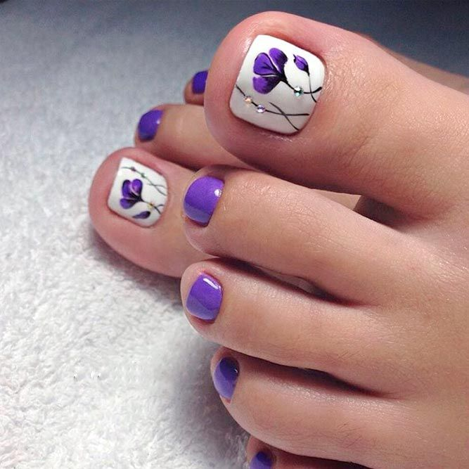 Purple toenail polish and flowers! - Over 50 Incredible Toe Nail Designs For Your Perfect Feet Pretty