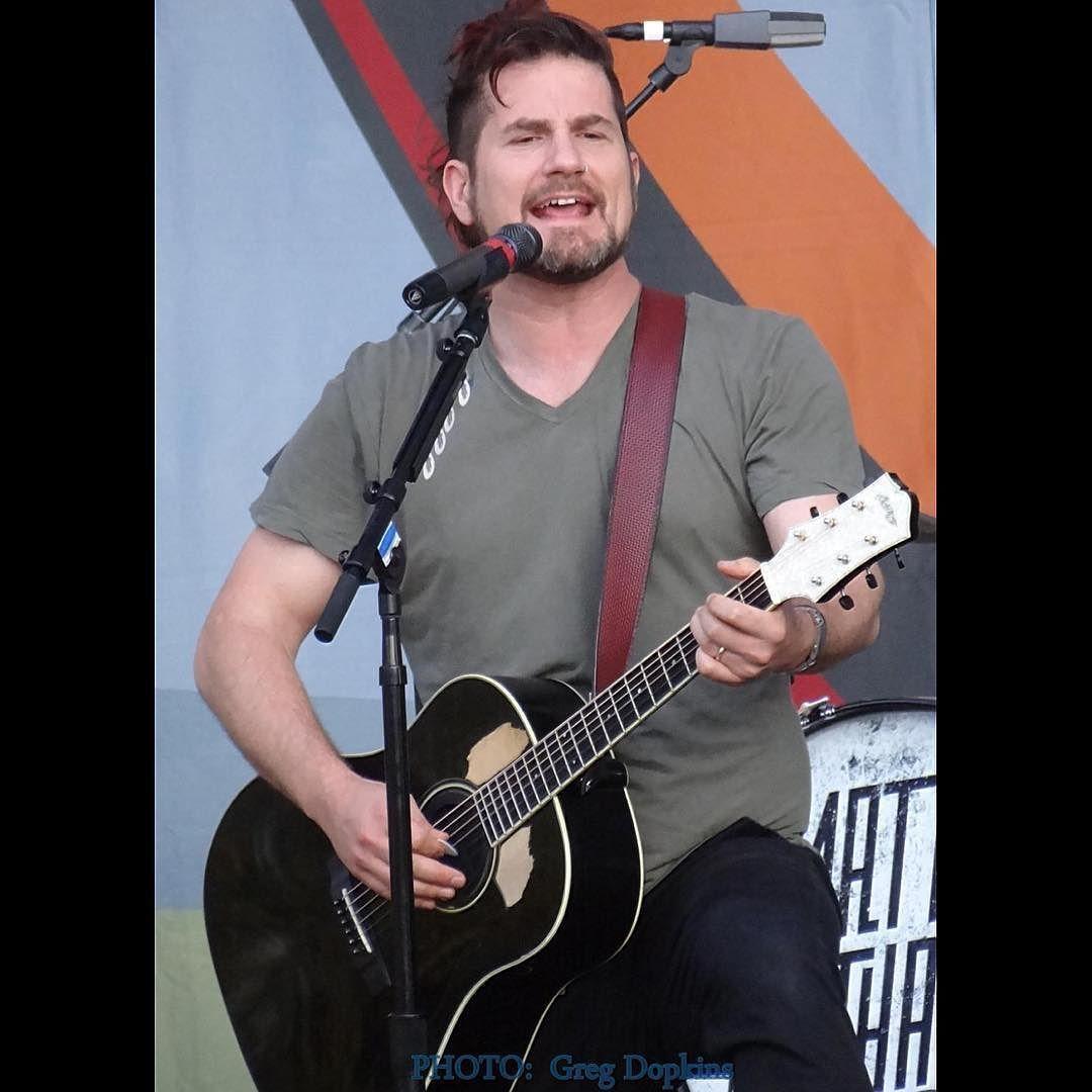 @mattnathanson #mattnathanson #singersongwriter #songwriter #writer #summerconcert #toyotamphitheater #lovematt #showmeyourfangs by gdopkinsphotos https://www.instagram.com/p/BCPPMuqvvA4/ #jonnyexistence #music
