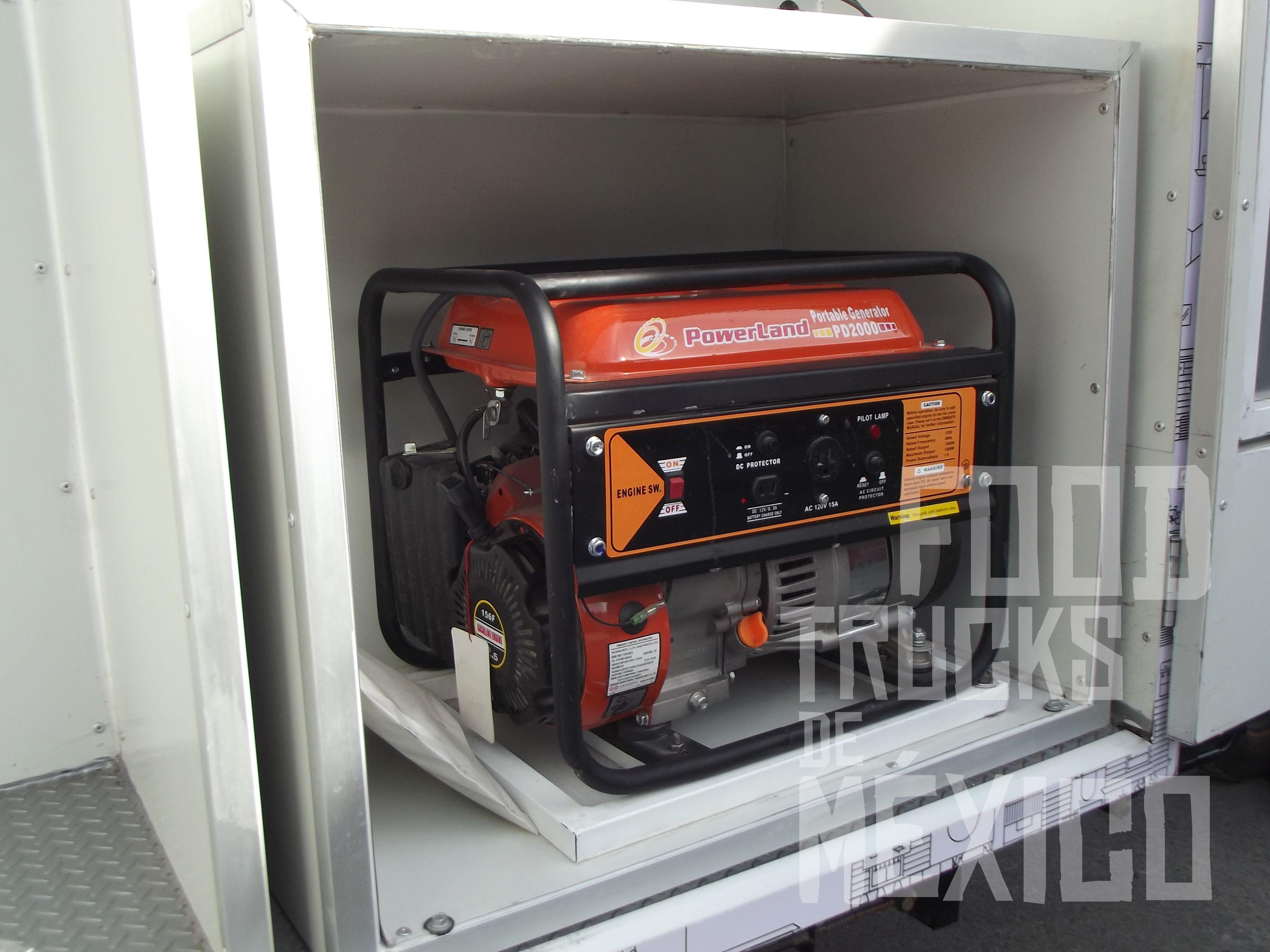 Generador eléctrico de energía portátil a gasolina. Más