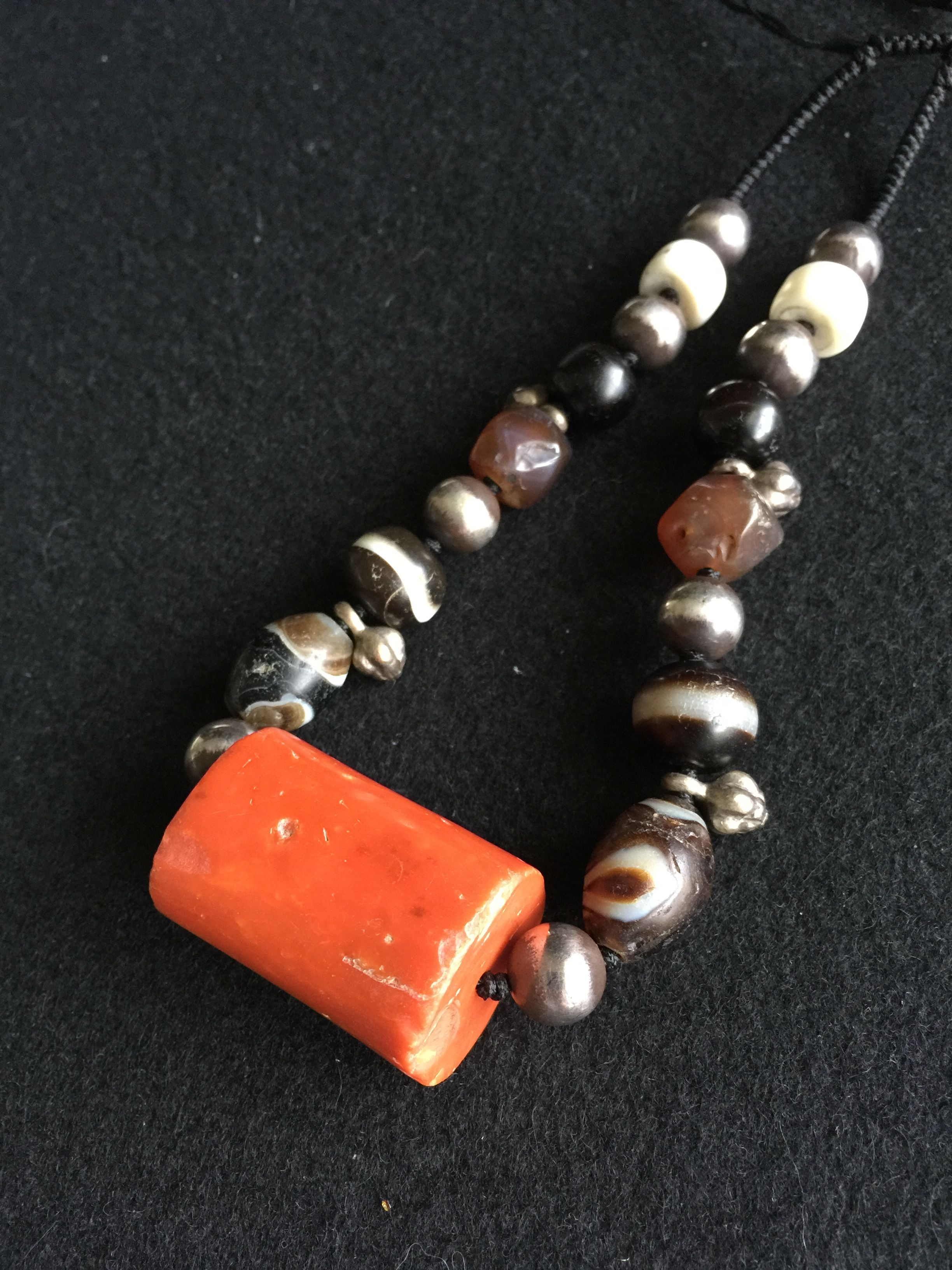 Ancient cylindrical coral pendant, agate, silver and conch shell bead chain