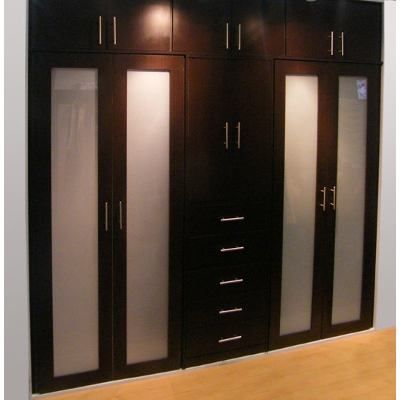Carpinteria closet vestier moderno econ micos madera for Puerta walking closet