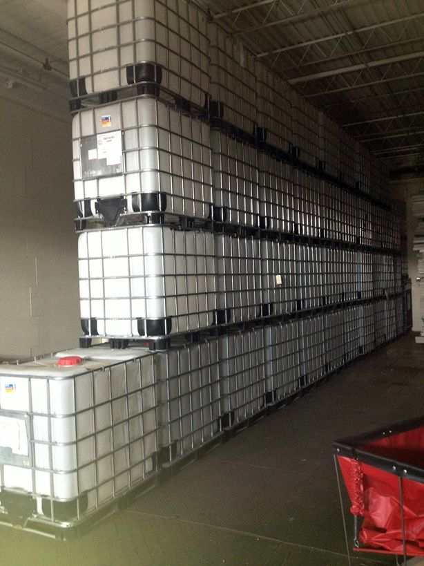Used Ibc Totes For Sale 275 Gallon Ibc Tanks For Less Rain Water Collection Diy Rain Water Collection System Rain Water Collection