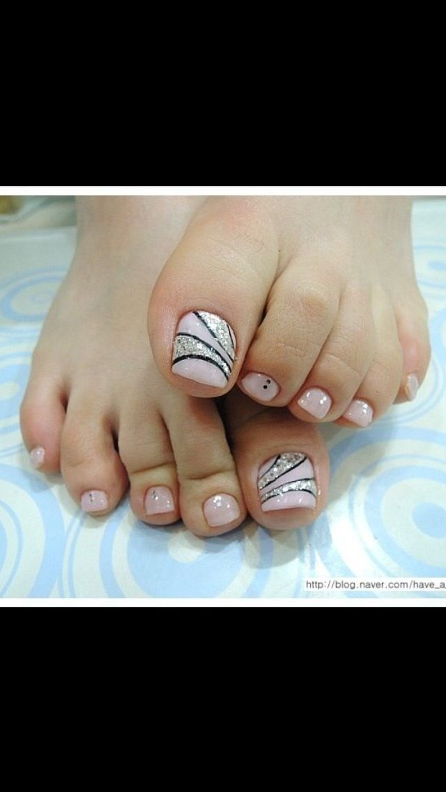 Pink Black And Silver Pedi Toe Nail Art Design