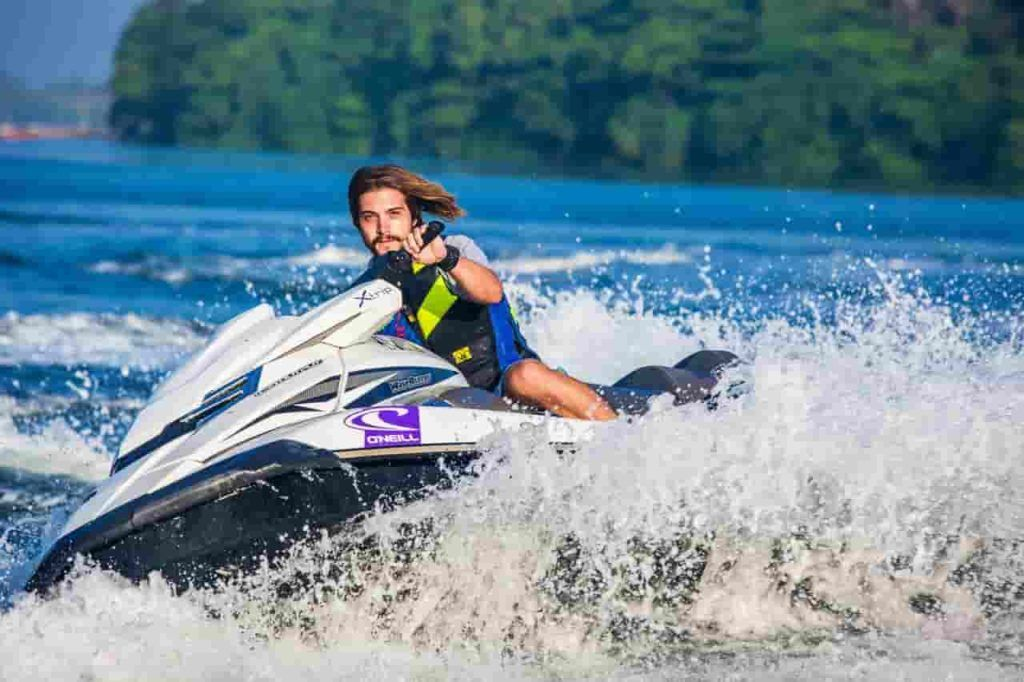 Best Life Jacket For Jet Ski That You Can Buy Jet Ski Water