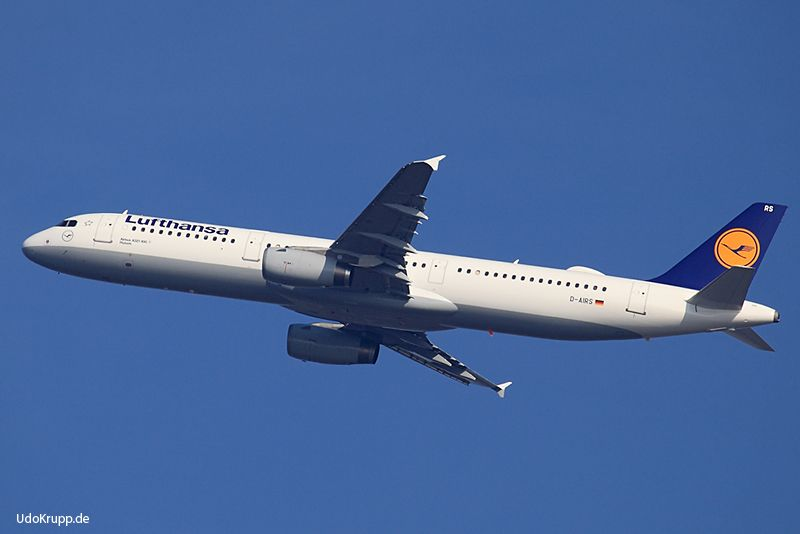 D-AIRS, 16.03.2017 at Frankfurt, FRA, CN 595, Airbus A321-100, Lufthansa. Have all a great time.