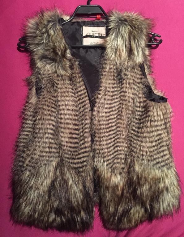 Futrzana Kamizelka Bershka S Sztuczne Futerko 5061064486 Oficjalne Archiwum Allegro Fur Coat Fashion Coat