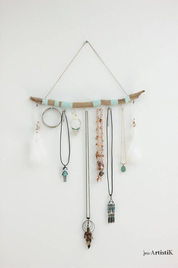 Porte bijoux bois flotté peint Présentoir bois flotté vert | Les ...