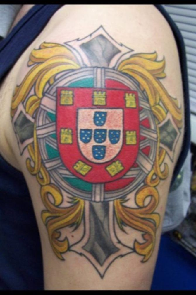 Portugal Tattoo 30 Coat Of Arms Tattoos Portuguese Tattoo Black And Grey Tattoos Tattoos