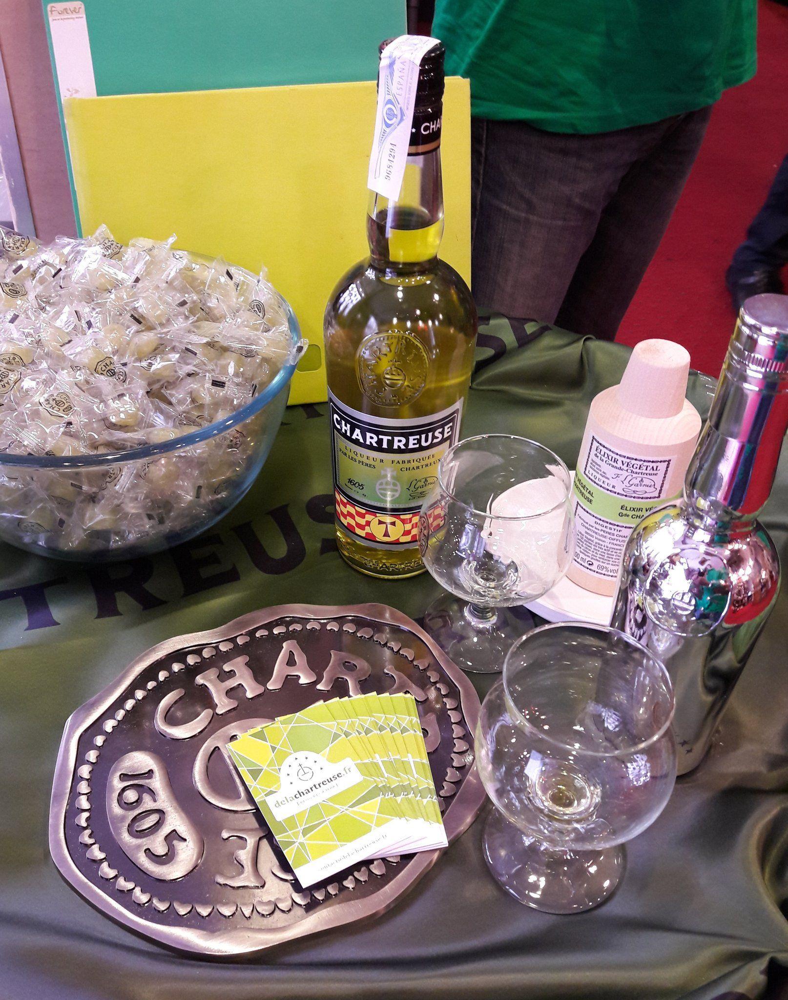 Le stand du blog à la dégustation des Fous de #Chartreuse du 7 octobre, l'occasion de gouter la cuvée Tau 2017 spéciale Tarragone !