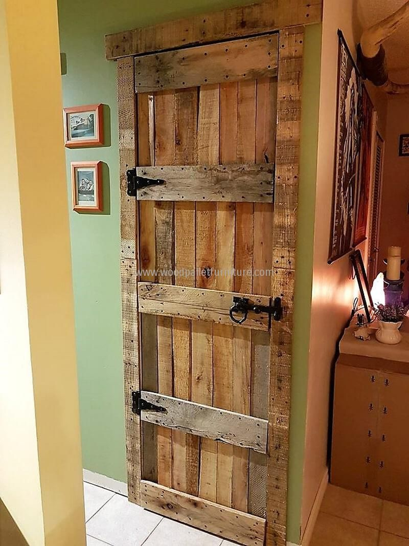 Some different ideas with used pallets palets madera y for Puertas de madera de palets