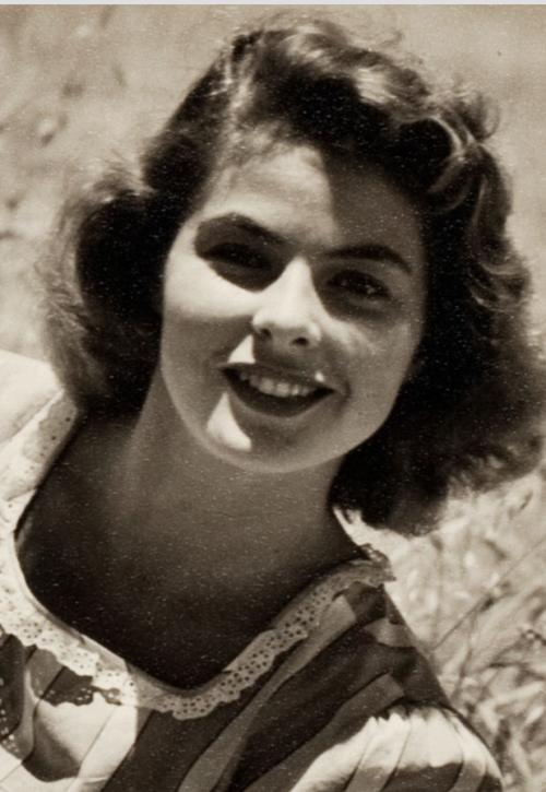 """fab-ingrid: """" Ingrid Bergman by Andre de Dienes - 1944 """""""