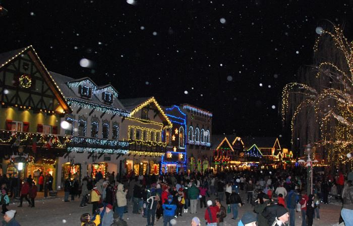 Leavenworth Bavarian Christmas Fun Right Here In The Usa