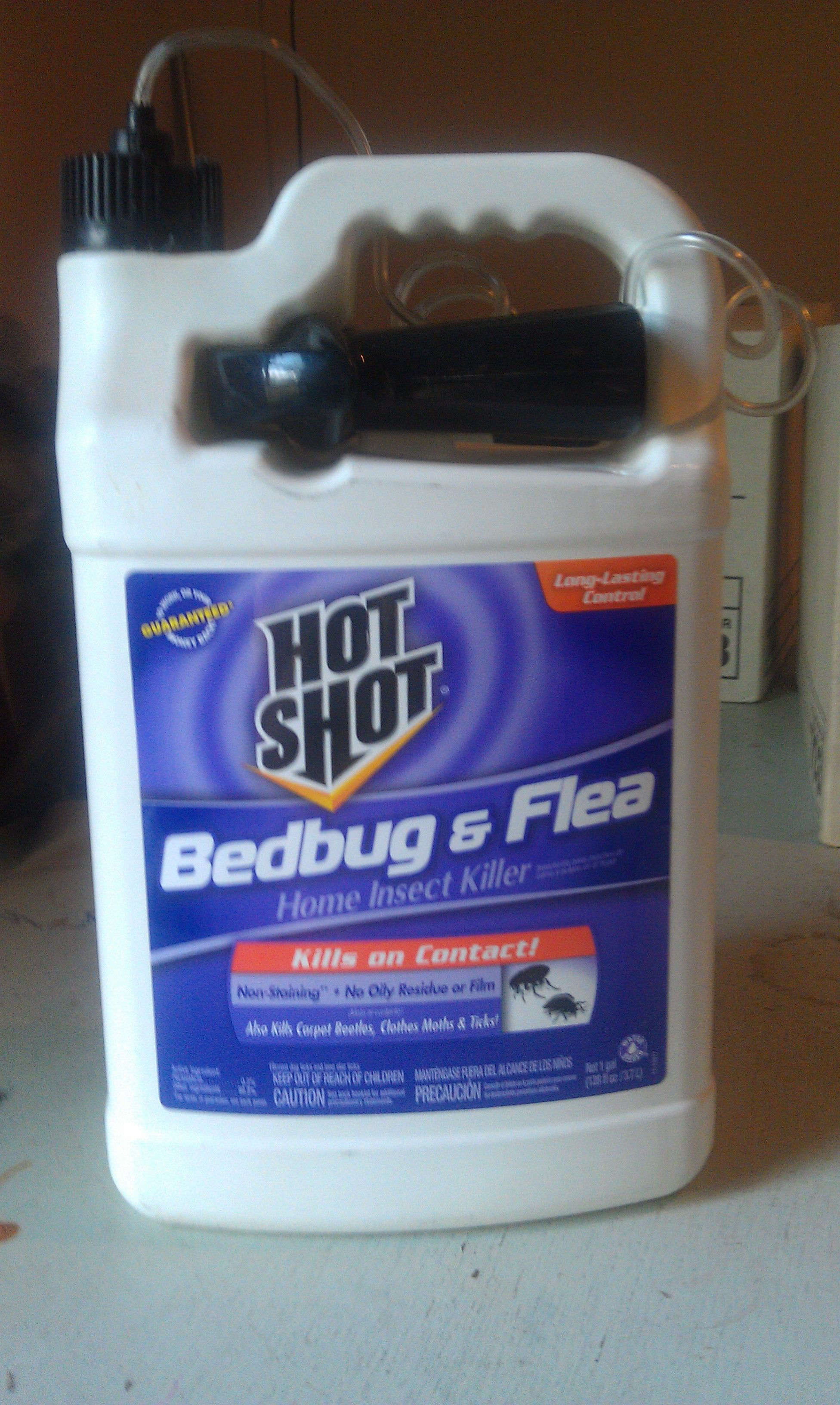 Hot Shot Bedbug and Flea Spray Review Pest control, Flea