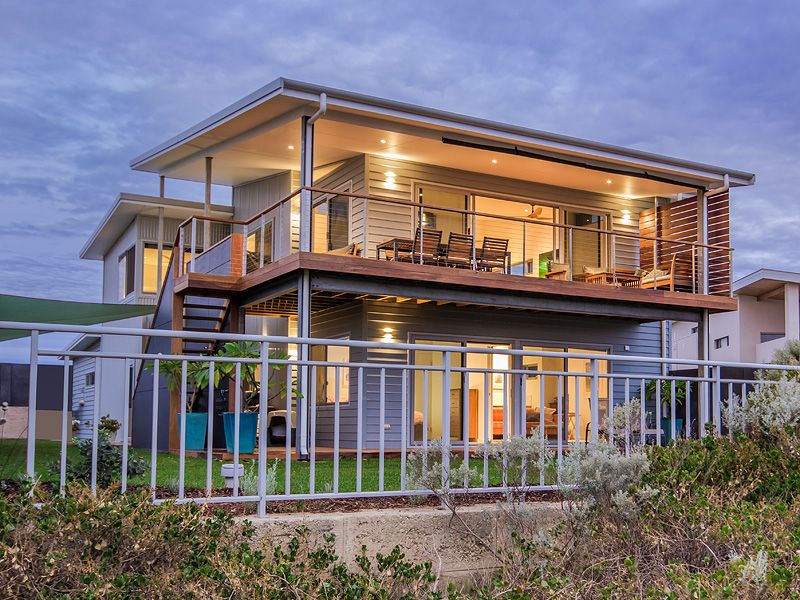 Two storey beach house design sycon linea cladding also best exterior images on pinterest colors rh