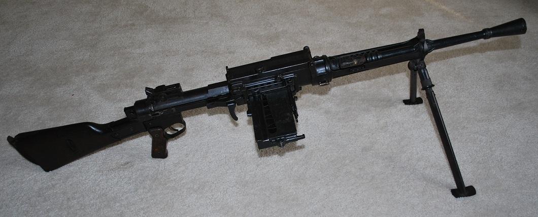 qsy-complains-a-lot: Breda M30 automatic rifle    - Gun