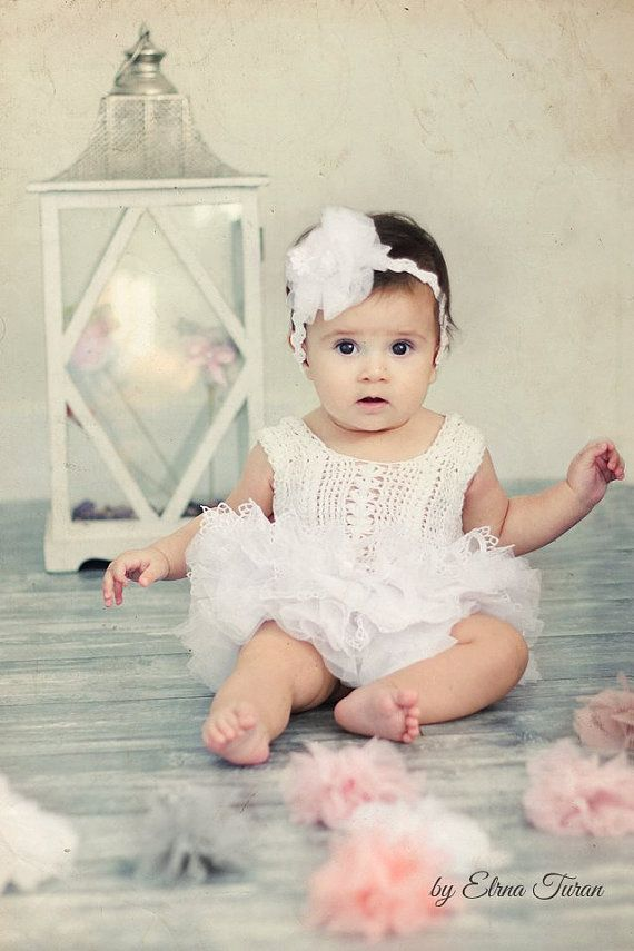 Weisse Spitzen und Tüll Baby Tutu Kleid. Baby Kleid mit ...