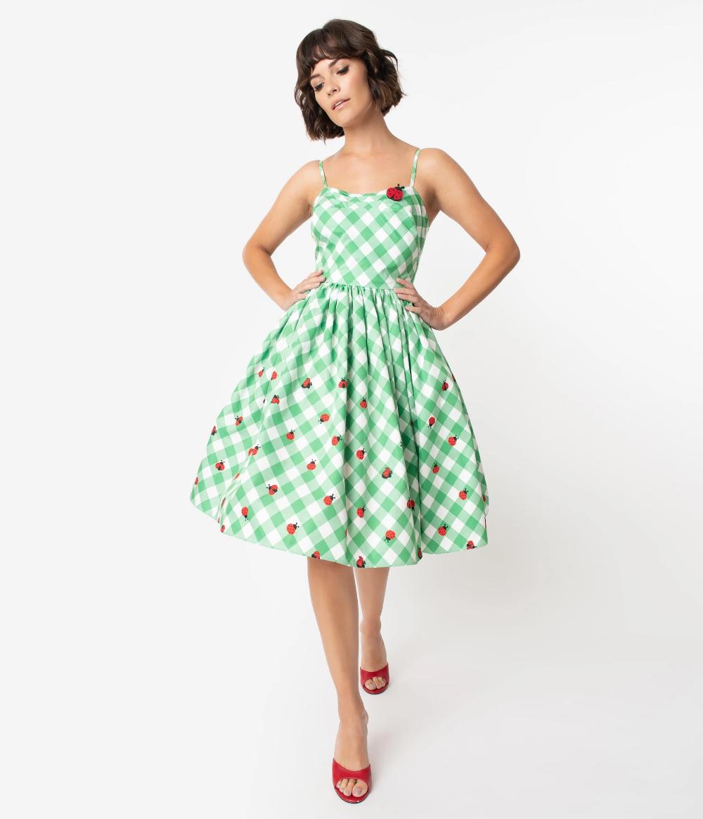 Unique Vintage 1950s Green White Gingham Ladybug Darcy Swing Dress Vintage Dresses Swing Dress 1950s Fashion Dresses [ 1164 x 1000 Pixel ]
