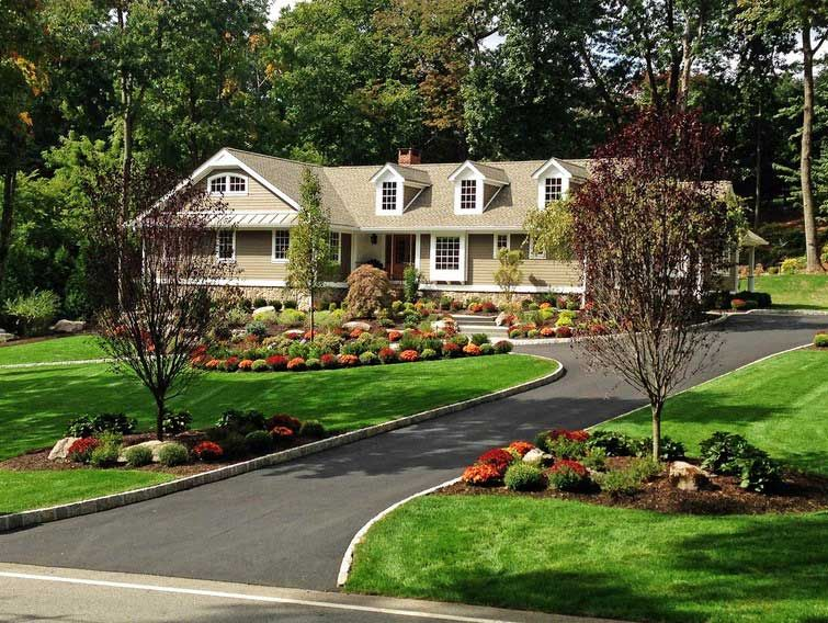 Outside Home Decoration Ideas With Circular Driveway Landscaping