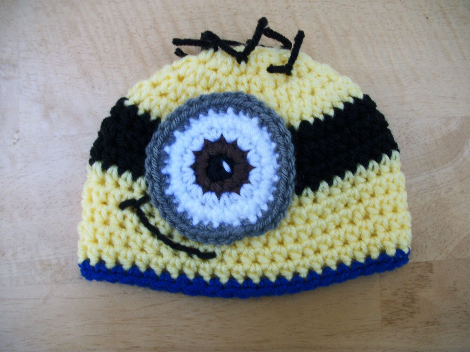 Minion Beanie Hat by MaddysNana on Etsy  d754f9ee6d4