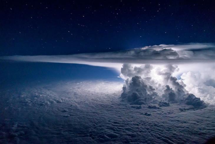 Tormenta pacífica desde arriba -Fotógrafo de naturaleza National Geographic '16 | Diseño y Fotografía - Todo-Mail