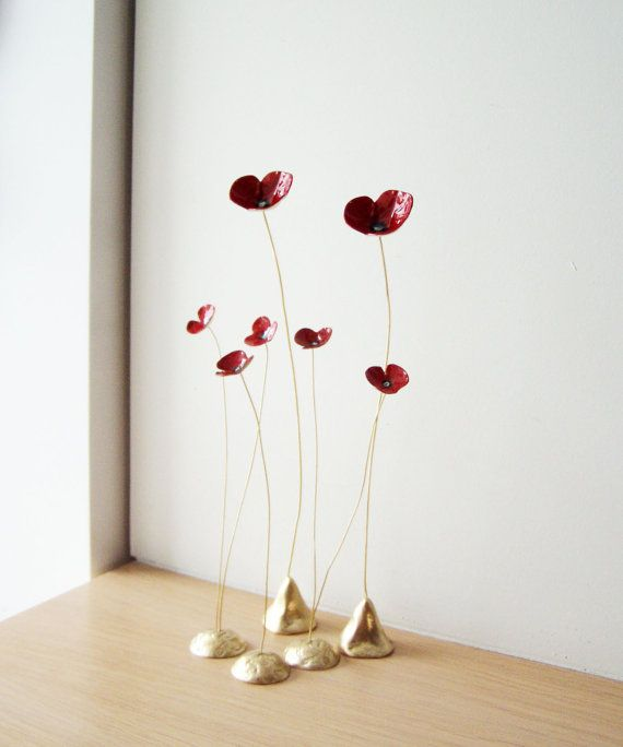 Red poppy sculptures, five poppies brass sculptures on thin brass stems, delicate poppy sculptures, red gold poppies art object, set of five