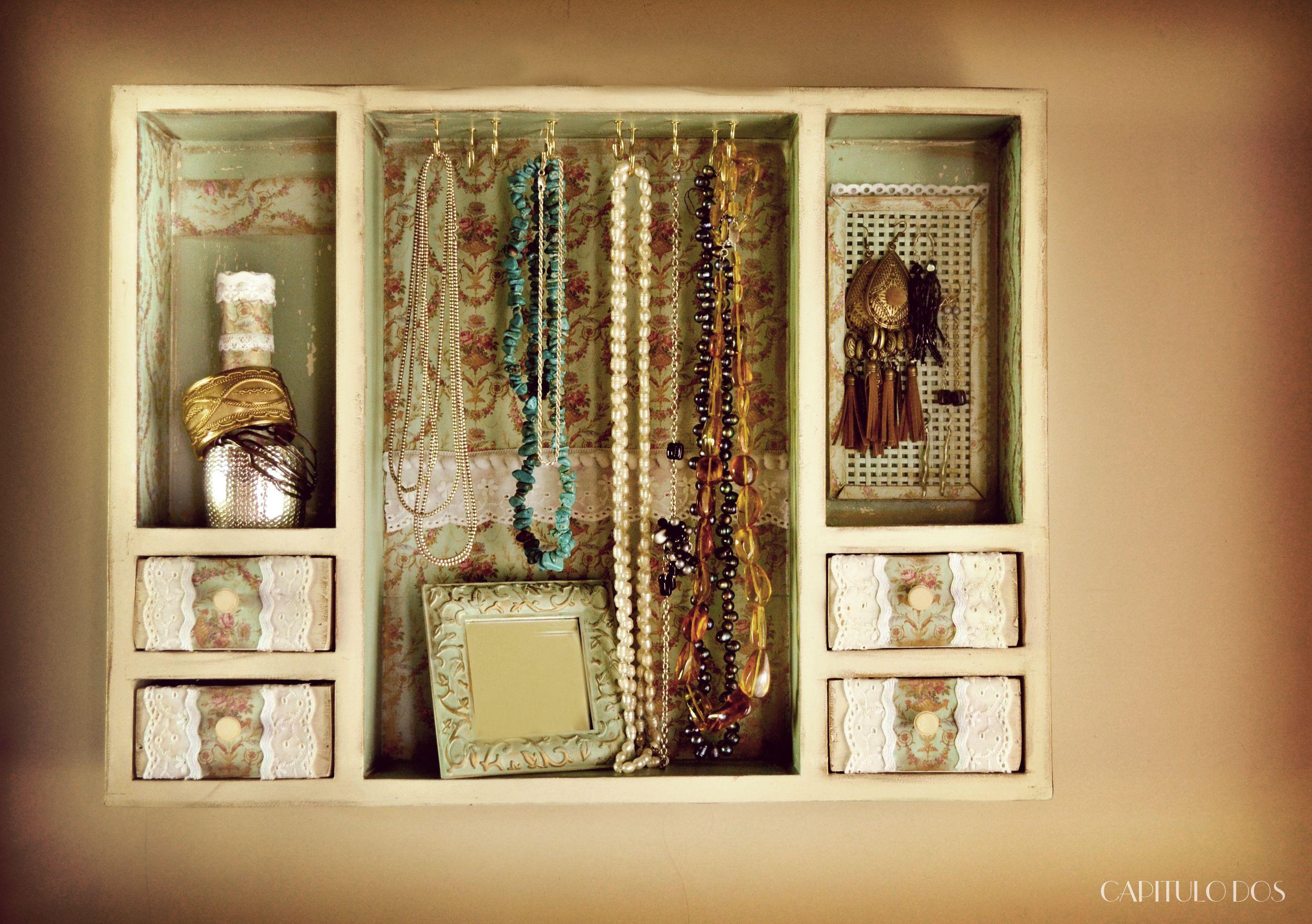 Antiguo botiquin ahora organizador de bijou dise os de capitulo dos pinterest diy bedroom - Botiquin antiguo ...