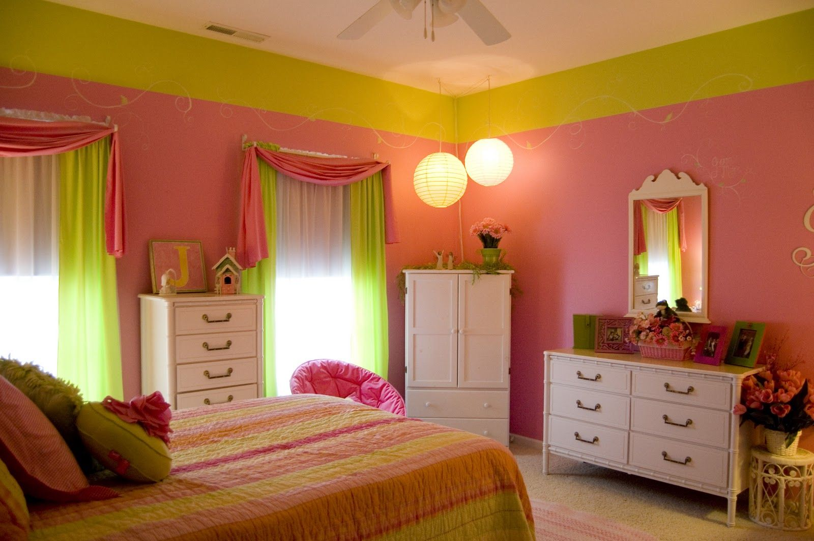 Girls Bedroom Ideas in Pink & Green | SocialCafe Magazine | Kids ...
