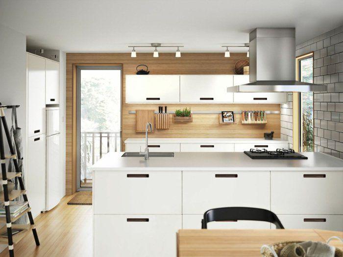 ikea küchen weiße schränke helles holz feine maserung Moodboard - küche weiß mit holz