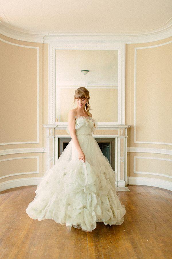 vintage Carolina Herrera, photo by The Melideos http://ruffledblog.com/alder-manor-wedding-with-a-green-dress #weddingdress #bridal