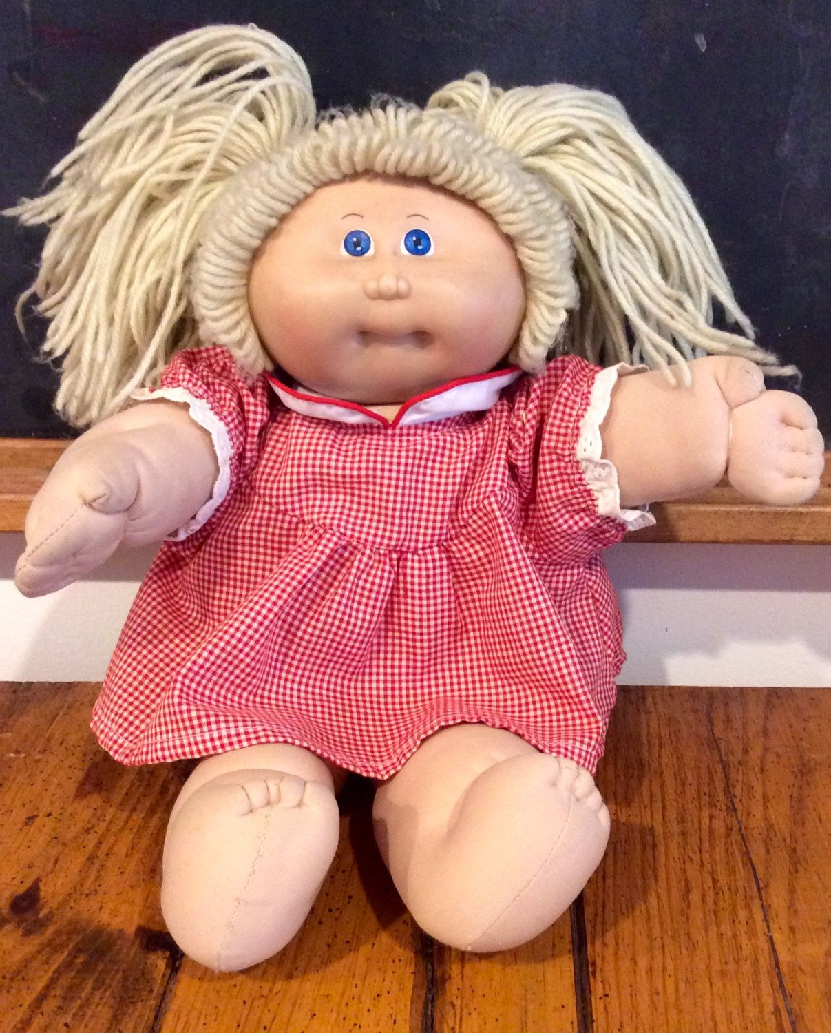 1980s Cabbage Patch Kids Blonde Hair Blue Eyed Girl Coleco Cpk Oaa Cabbage Patch Kid Vintage Cabbage Patch Kids Cabbage Patch Kids Blue Eyed Girls Blue Hair