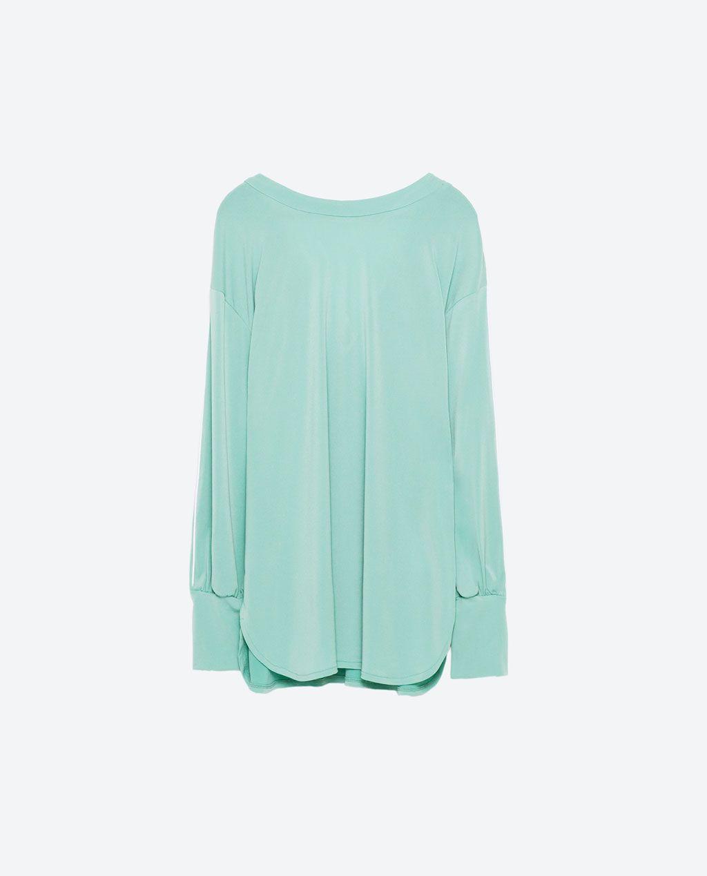 Bild 8 von Garnitur-Shirt mit V-Ausschnitt am Rücken von Zara