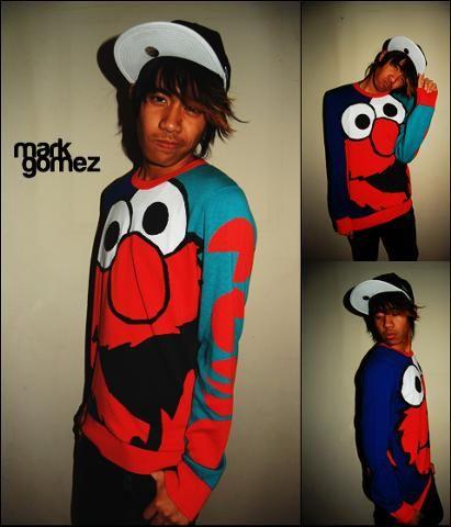 A cool Elmo shirt.