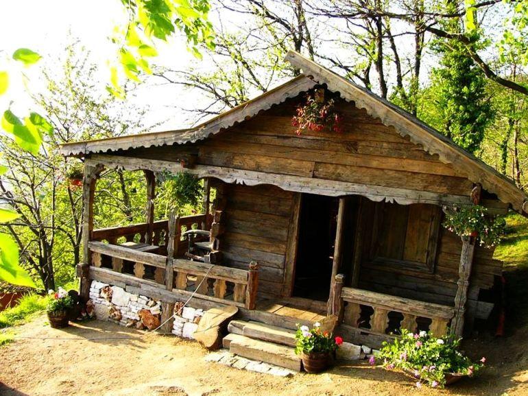 Case Di Tronchi Romania : Old romanian house vivere in montagna piccole case