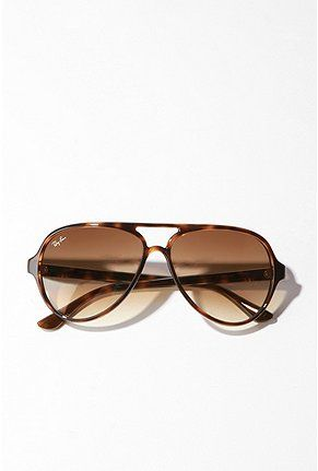 Ray-Ban Plastic Aviator Sunglasses  - Urban Outfitters