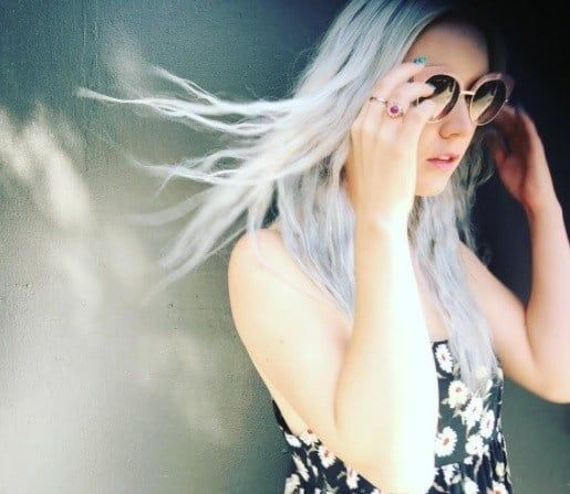 Billie Lourd Just Dyed Her Hair Silver For American Horror Story