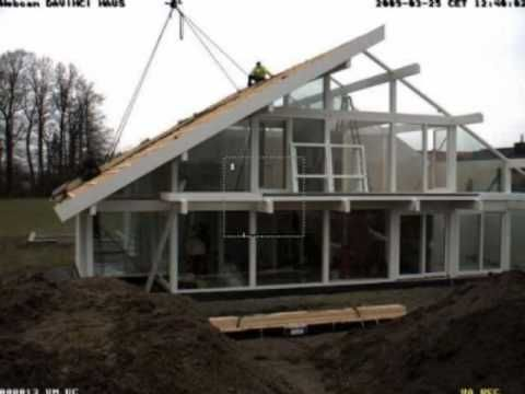 A short film showing the typical erection process of a Davinci Haus ...