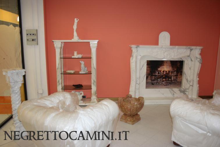 Camino In Marmo Bianco : Caminetto moderno in rosa sabrina e bianco carrara modello sea secam