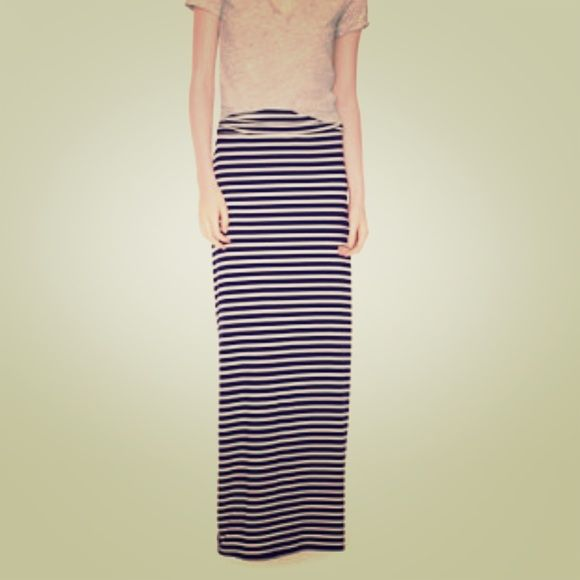 J crew Maxi Skirt Navy and white maxi skirt from j crew! Love this skirt but it's a tad too big for me! J. Crew Skirts Maxi