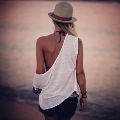 Da pasos firmes y seguros. En #Milonga te acompañamos en el camino. #MilongaStyle #BeachLife