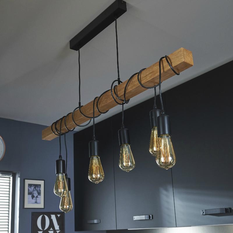 Une Deco Insudtrielle Pour La Cuisine Avec Le Luminaire Suspendu Townsend Luminaire Suspendu Luminaire Lampes Rustiques