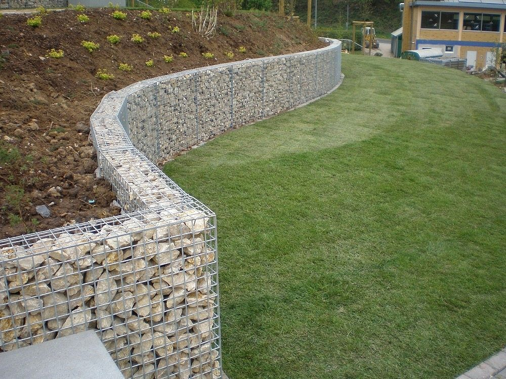 Muret sout nement gabion pierre pinterest for Decoration jardin gabion