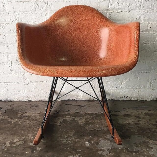 like design furniture really dig this fiberglass shell chair by