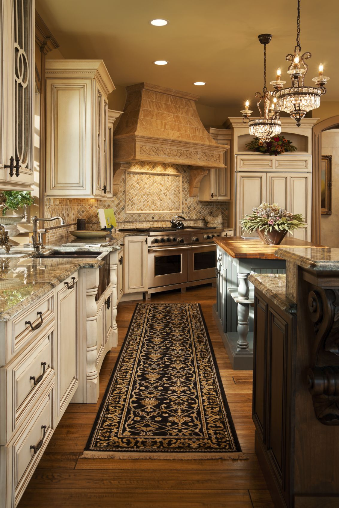 Traditional Kitchen With White Cabinets French Country Styles Designs Tuscan