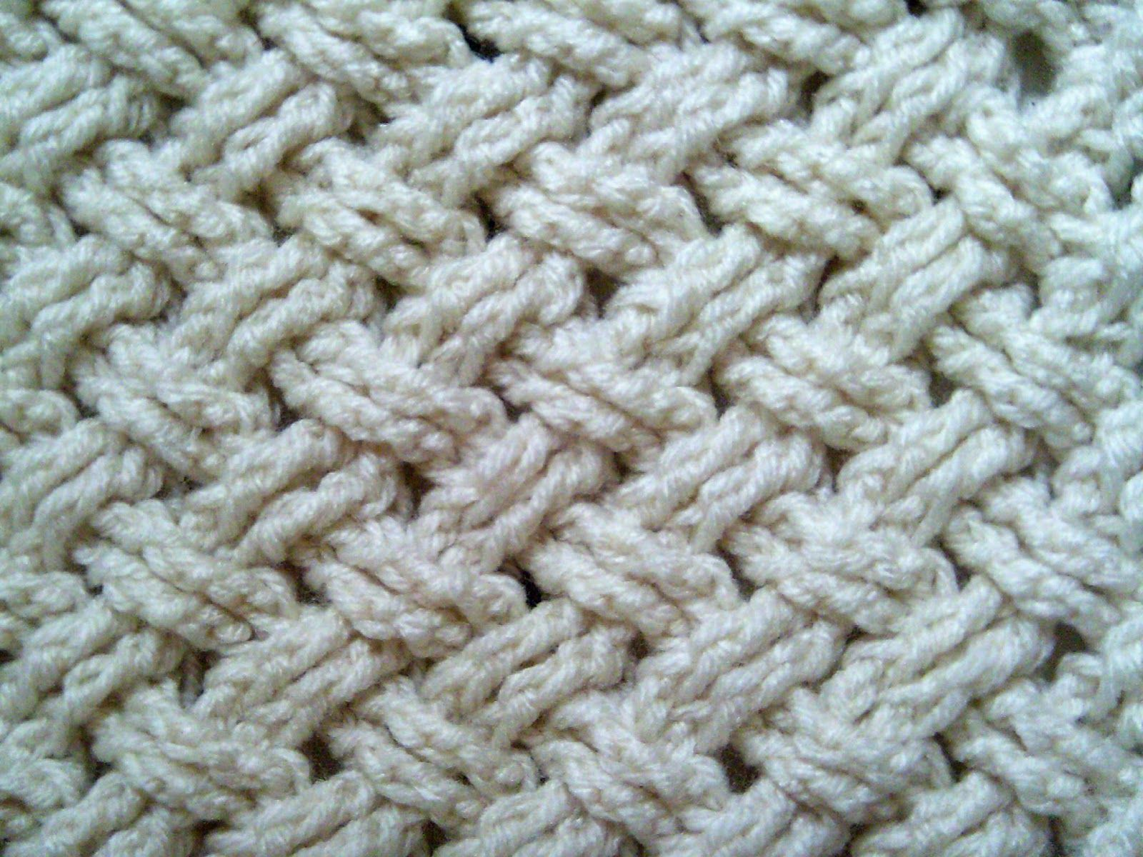 Woolly Doodles Crochet: Learn This Interweave Cable Stitch