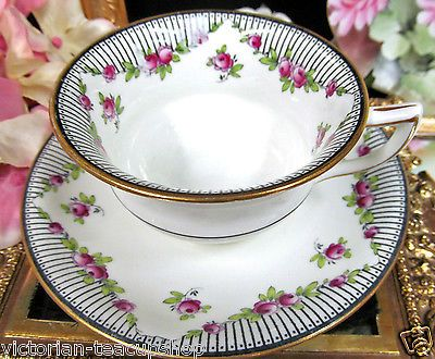 AYNSLEY TEA CUP AND SAUCER PINK ROSES OLDER SHAPE TEACUP DECO DESIGN in Antiques