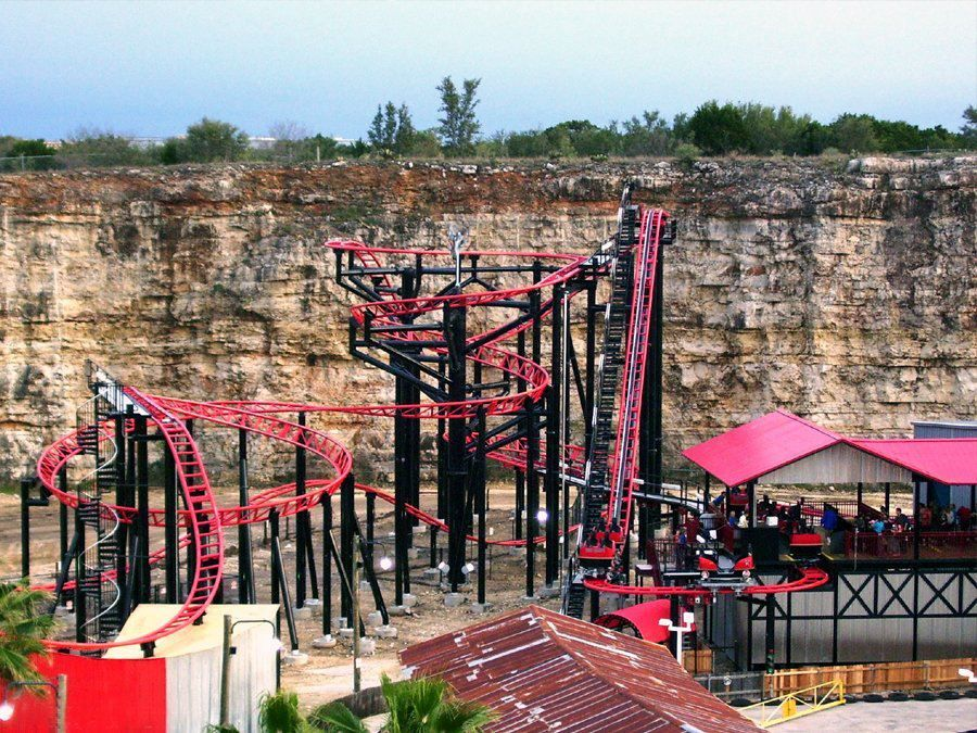 Just Might Have To Stop At This Park For A Day Iron Rattler At Six Flags Fiesta Texas San Antonio Tx Roller Coaster Roller Coaster Ride Thrill Ride