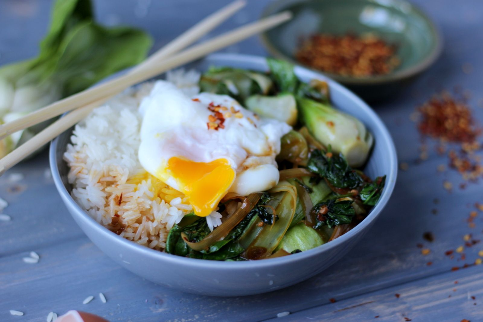 Braised Bok Choy, Leek and Spinach Rice Bowl with Poached Egg Vegetarian Rice Bowl with Bok Choy, Leeks, Spinach and Poached Egg - comes together so easily and is absolutely delicious!!