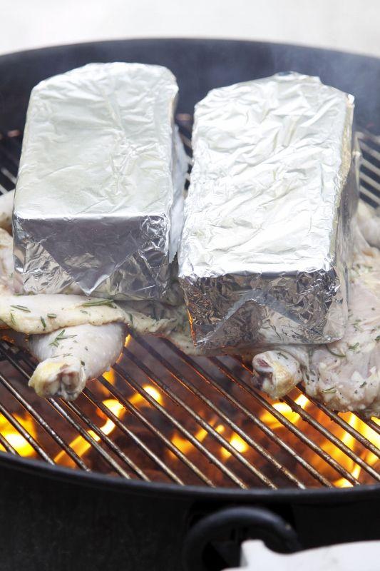 Wie Huhn Zu Grillen, Grillen Huhn, Hähnchen Rezepte, Kochen Im Freien,  Ziegel, Sommer Rezepte, Camping, Stahl, Gastronomie