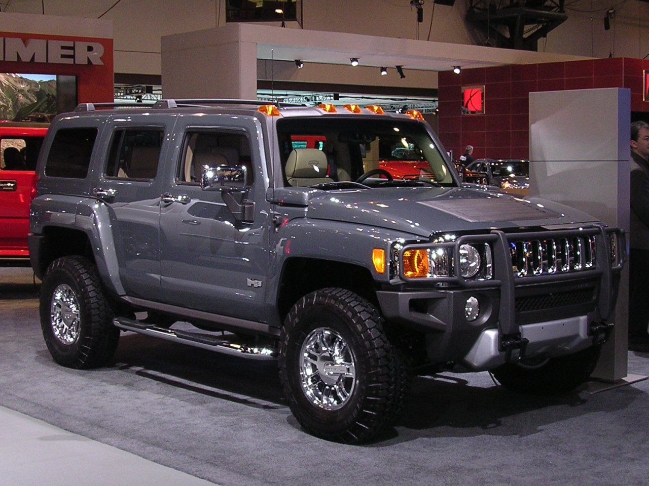 The h3 is the smallest of the three hummer models and though the h3 concept